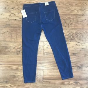 American Bazi Jeans - Distressed Jeans